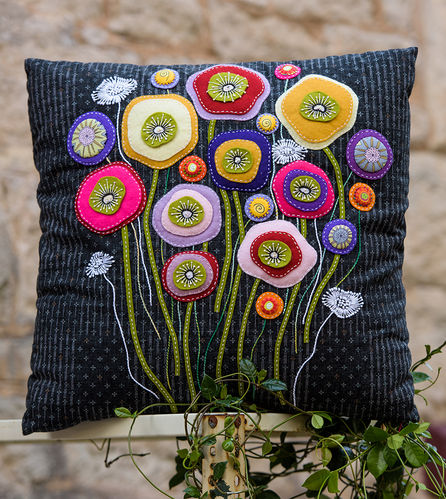 Wallflower Cushion-Kit